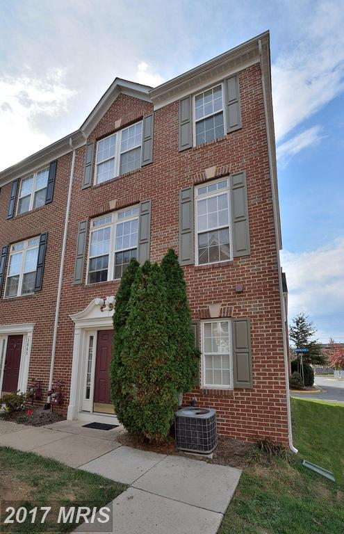 Buying A $520,000 4-BR Colonial Townhouse In 22041? Then You Need To Know Falls Church. thumbnail
