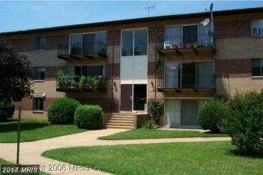 4102 Daniels Ave #204