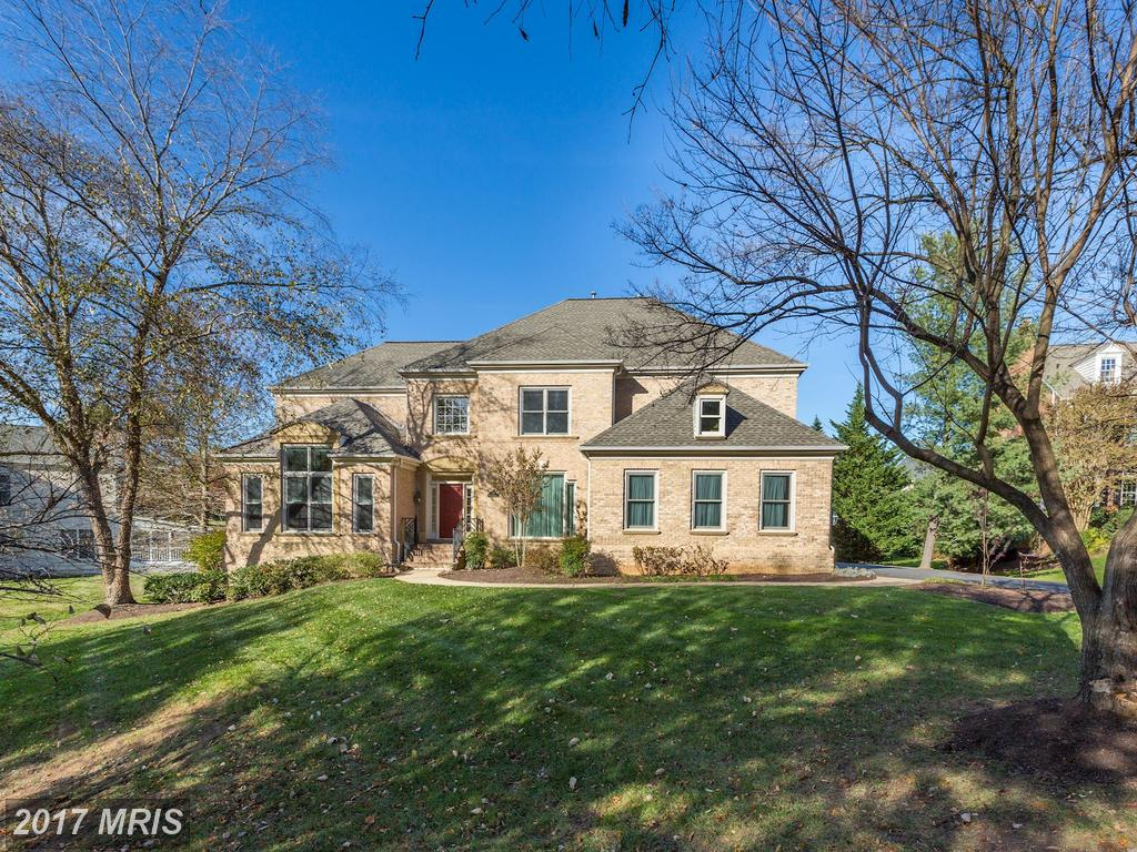 Why Does Will Nesbitt Love Being An Expert On Houses Like This Just Under $2 Million In McLean? thumbnail