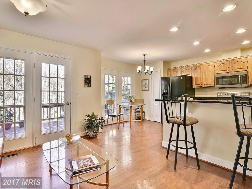 3908 Valley Ridge Dr, Fairfax 22033