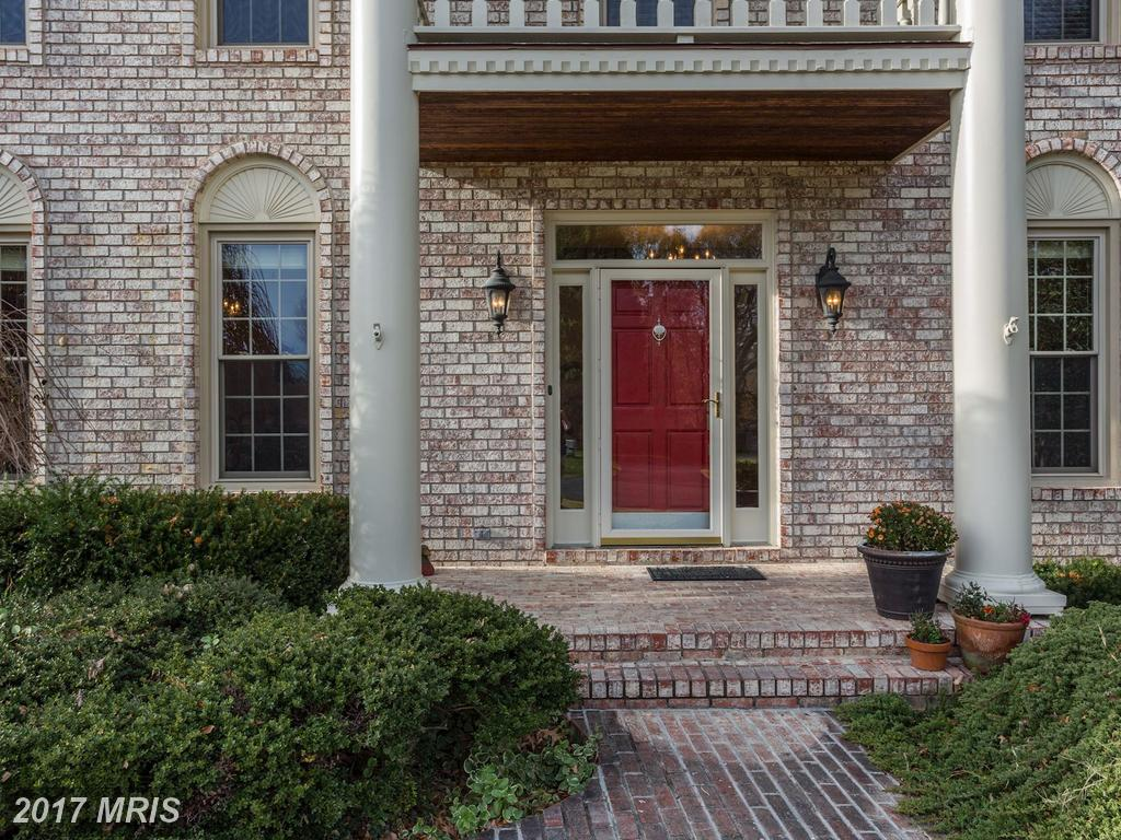 8810 Hampton Station Ct, Lorton, VA 22079