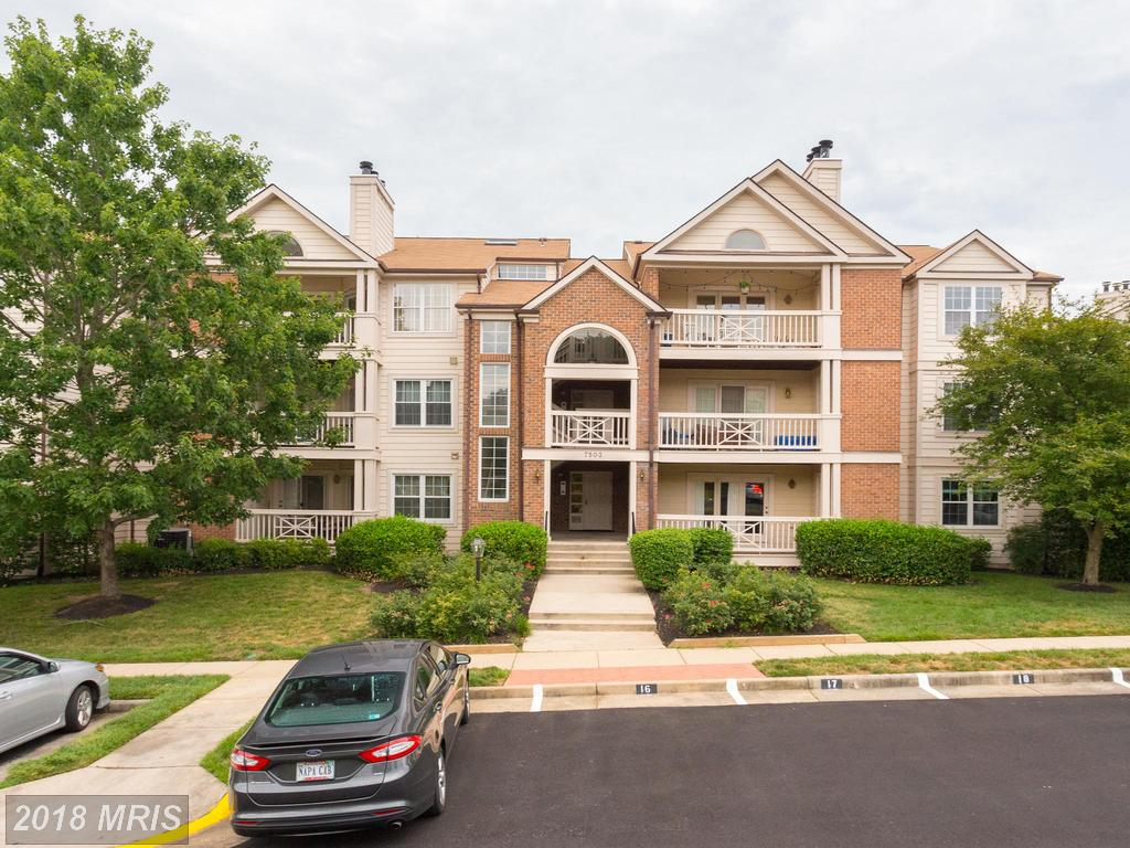 Interesting Garden-style Condo For Sale In Alexandria, VA thumbnail