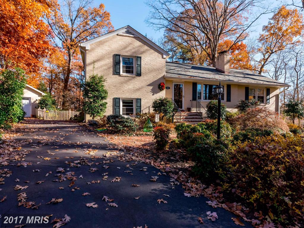 $694,900 :: 4201 Woolls Pl, Annandale VA 22003 - Comparables And Suggestions thumbnail