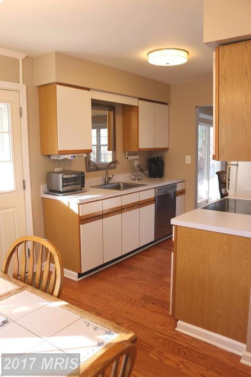 4322 Farm House Ln