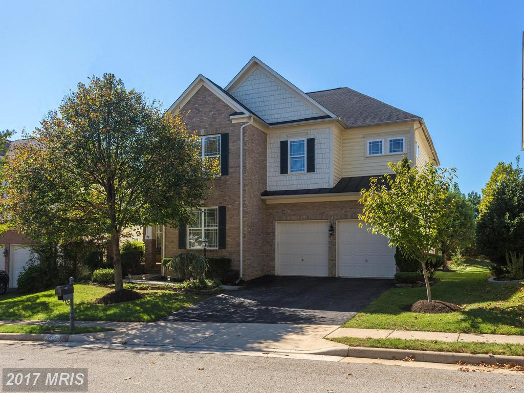 Can You Buy A 3,091 Sqft Home In Lorton For $750,000? thumbnail