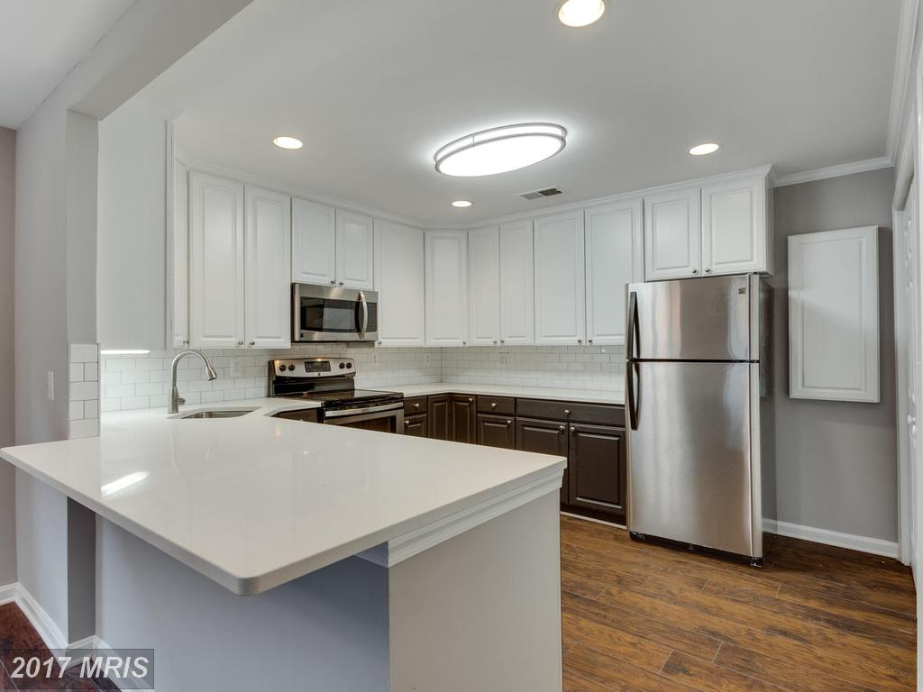 Consider A 2 Bedroom Garden-style Condo In Arlington County If Your Budget is $389,900 thumbnail