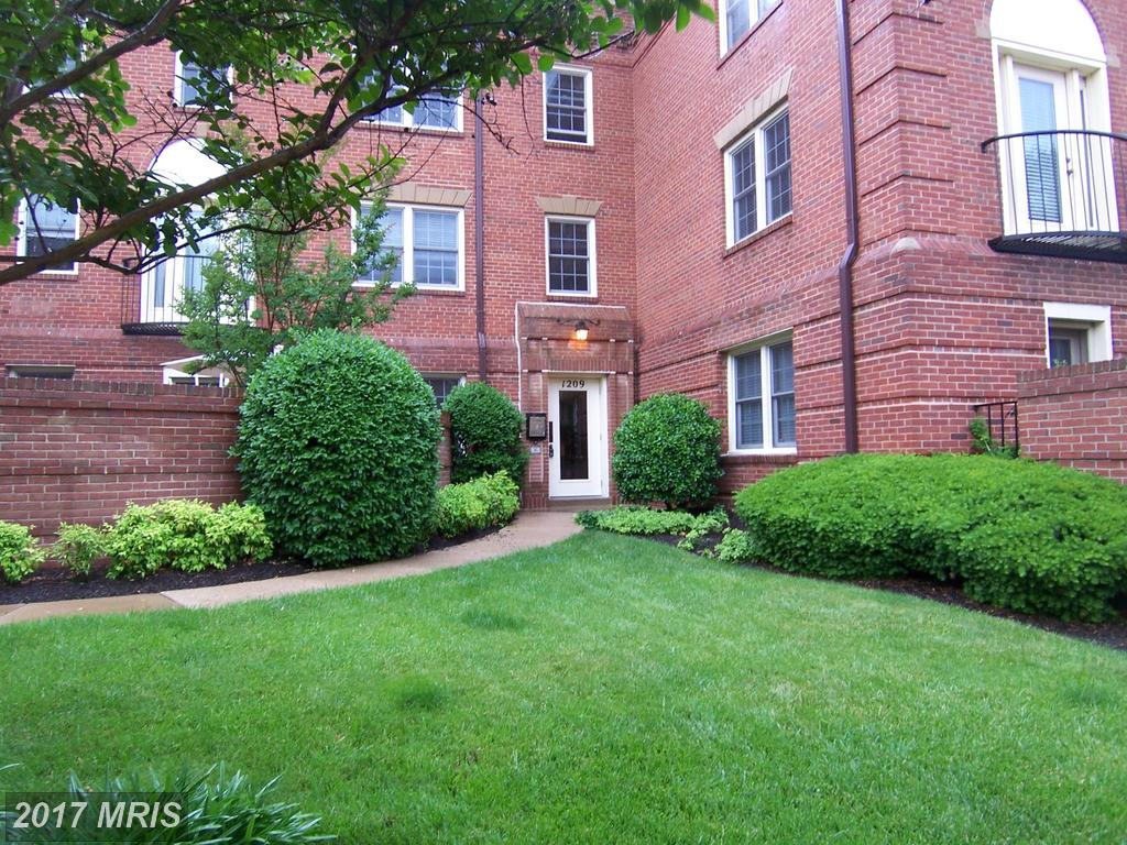 Garden-Style Condos For Sale In Jefferson-Houston Elementary School District In 22314 In The City Of Alexandria thumbnail