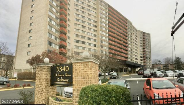 Photo of 5340 Holmes Run Pkwy #801