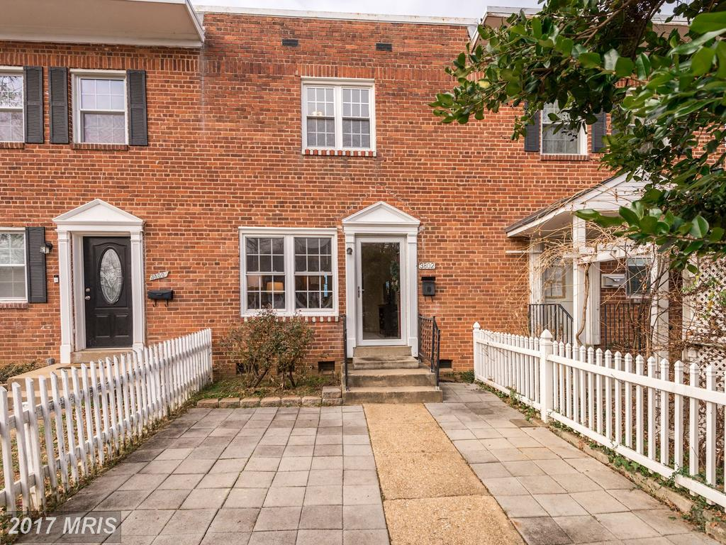 Shopping $369,000 3-BR Townhouses In Alexandria? thumbnail