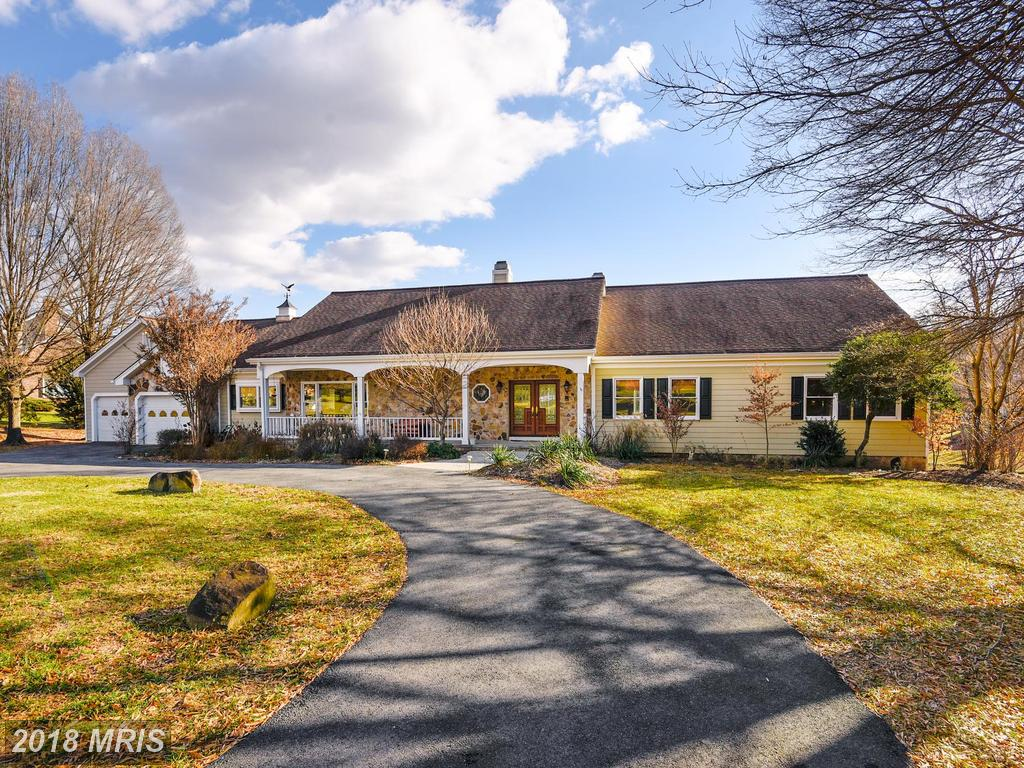 What Qualities Are You Looking For In Your House In  Fairfax County? thumbnail