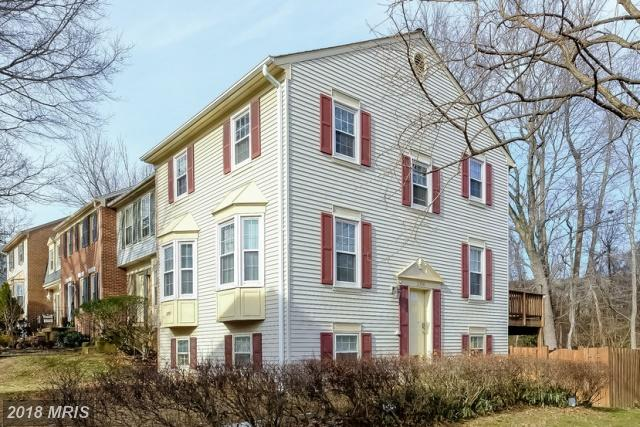 Prices And Pictures Of $477,000 3-bedroom Colonial-style Row Houses From Dunn Loring Village In Vienna thumbnail