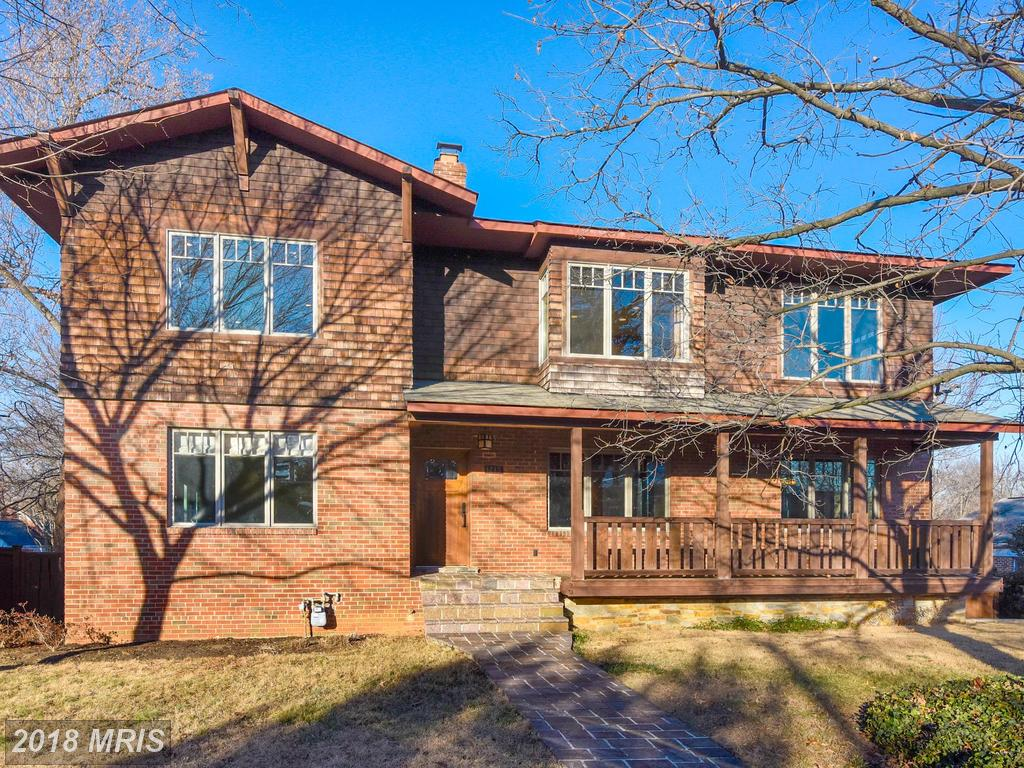 Check Out This Craftsman Home Listed For Sale At $900,000 In Alexandria, Virginia thumbnail