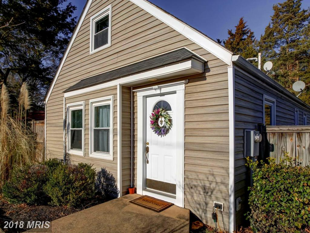 Find A Great Deal On A $524,900 3 Bedroom, 2 Bath Cape Cod thumbnail