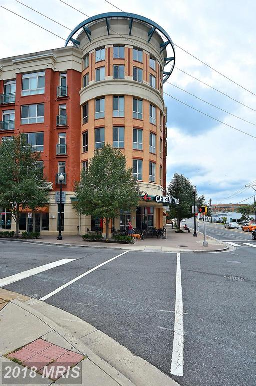 About Arlington For Home Buyers Investing In A 2-BR 2 BA Mid-Rise Condo Like 2200 Westmoreland St #321 thumbnail