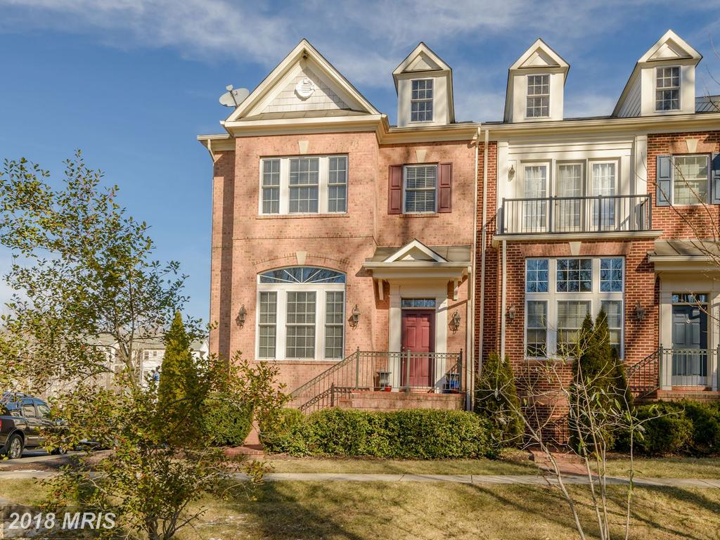 Prices And Photographs Of Townhouses At Fair Oaks thumbnail