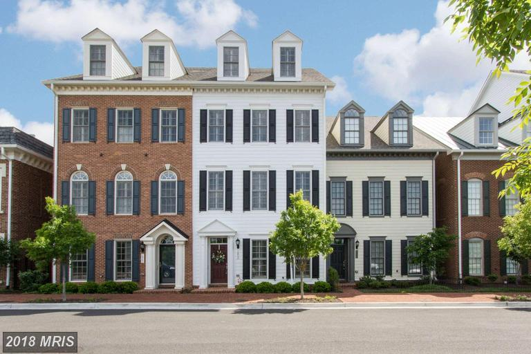 Looking For Colonial-Style Townhouses In Alexandria? thumbnail