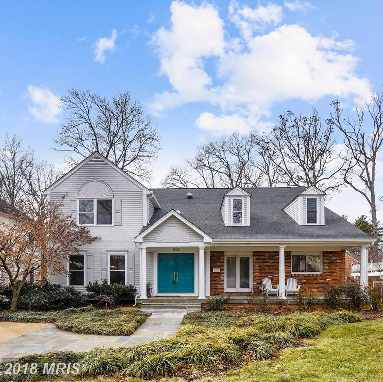 How Much Does A 5-bedroom Traditional-style Place Cost In Northern Virginia? thumbnail