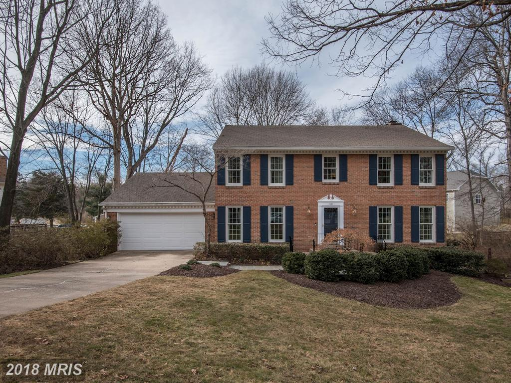 Hints And Clues For Comparing A Friendly Real Estate Agent In Northern Virginia If You're Trying To Find A 5-BR Colonial thumbnail