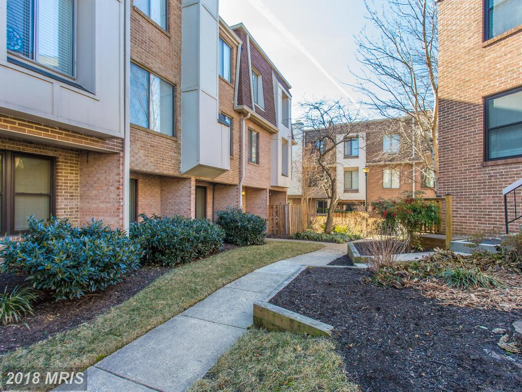 Are You Trying To Find No Less Than 1,032 Sqft Of Garden-Style Condo In Northern Virginia? thumbnail