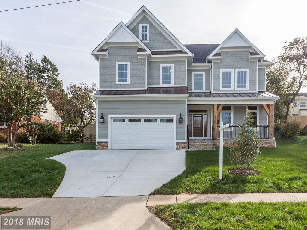 Prices And Pics Of Craftsman-Style Residences At Lewinsville Heights thumbnail
