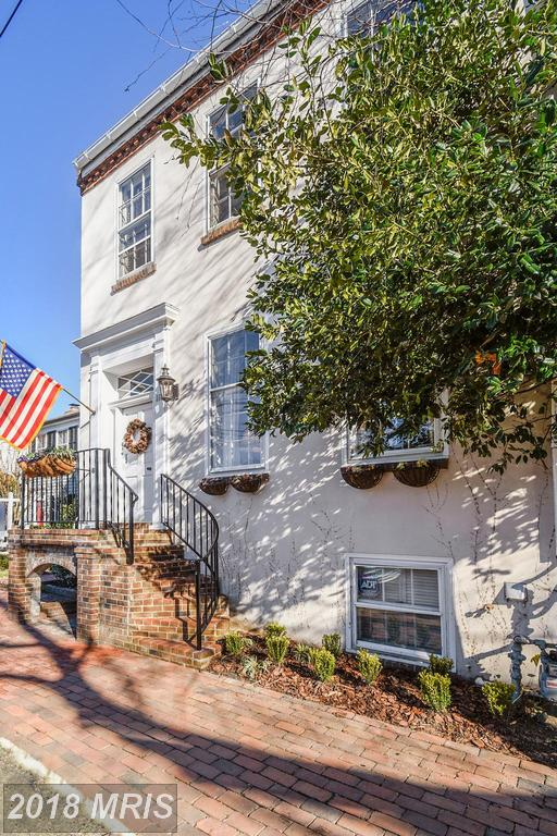 Consider A Federal Style Home In Old Town Alexandria thumbnail