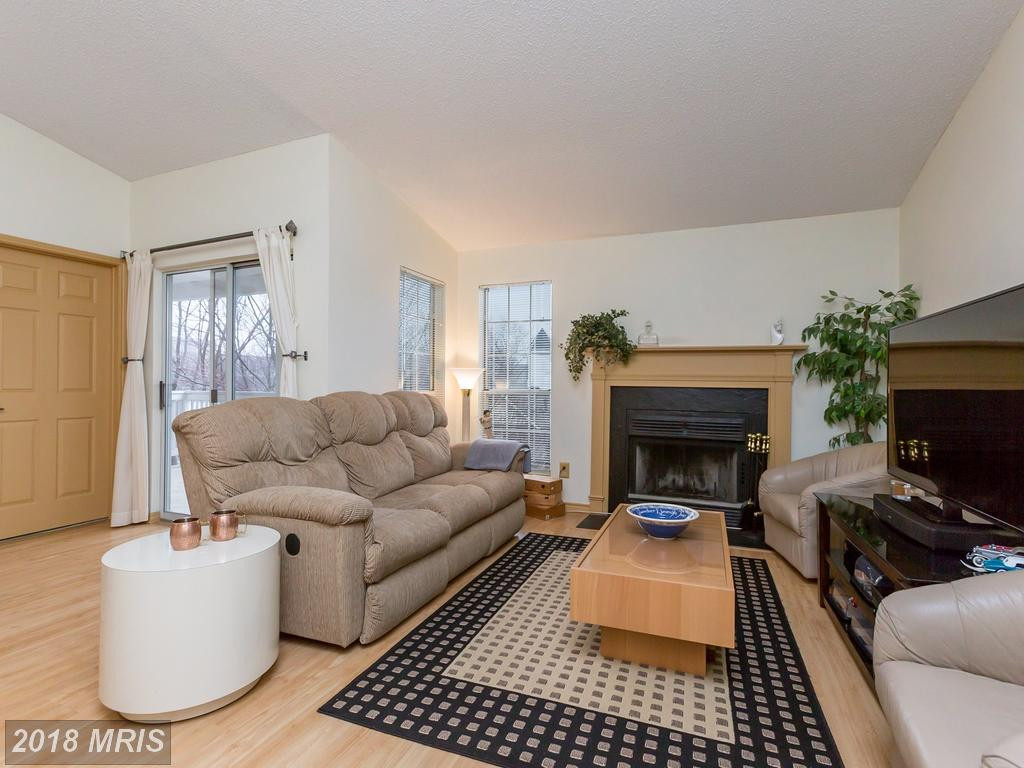 1534 Lincoln Way #302