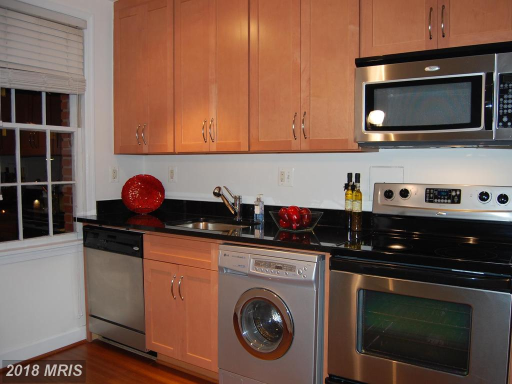 2 Bedroom In 22314 In The City Of Alexandria Listed For $295,000 thumbnail