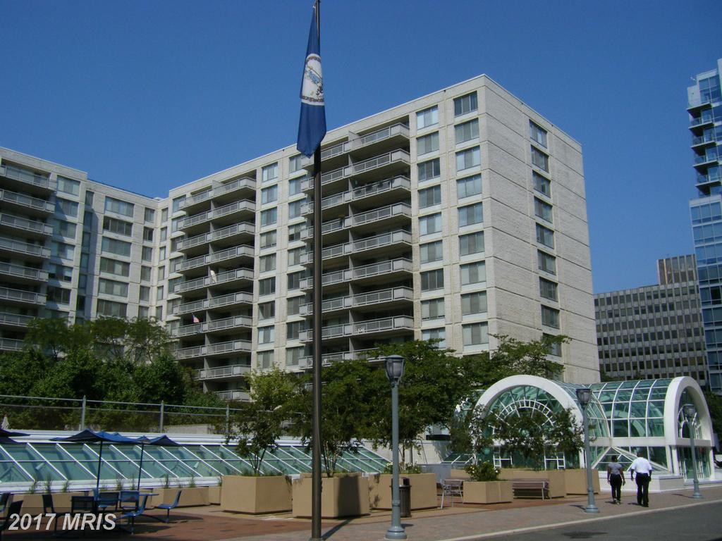 2111 Jefferson Davis Hwy #003/2 Arlington Virginia 22202 Luxury Rental Place For $3,998 thumbnail