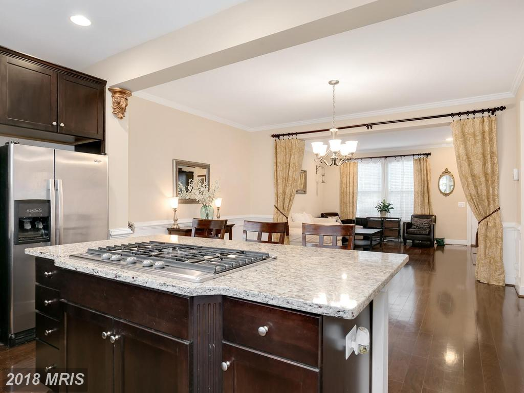 Consider 2089 Laura Mews Pl In Huntington Mews If You've Been Searching For A Town Home In Alexandria thumbnail