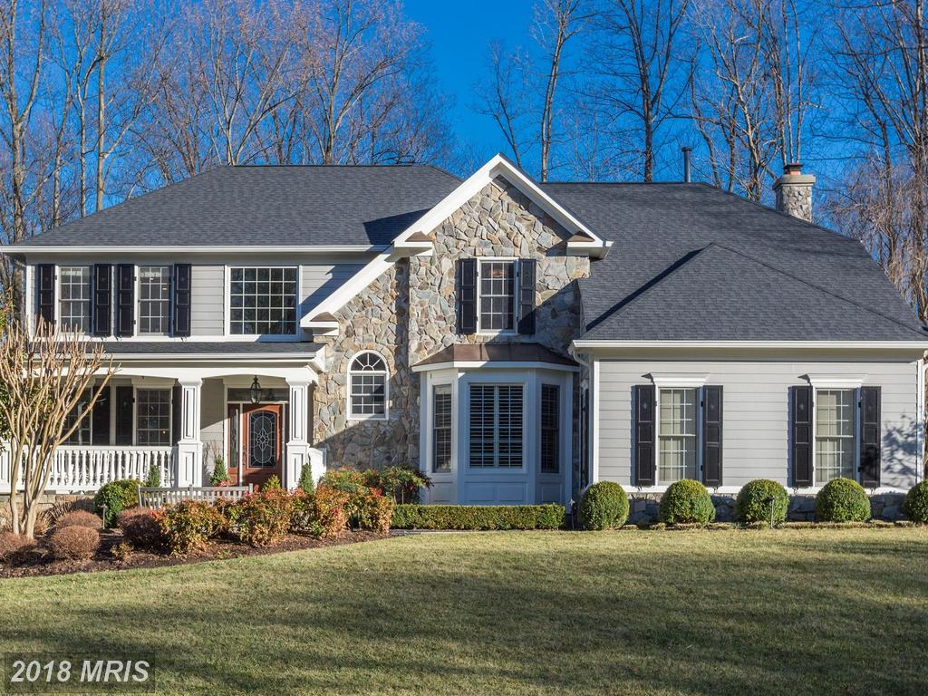 Sneaky Staging Ideas For Home Sellers With A House Like 895 Falls Bridge Ln In Great Falls, Virginia thumbnail