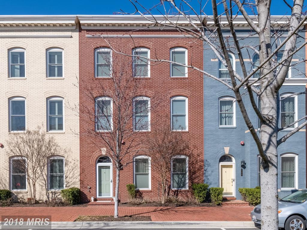 $1,090,000 For 3,280 Sqft At Potomac Yard In 22301 In The City Of Alexandria thumbnail