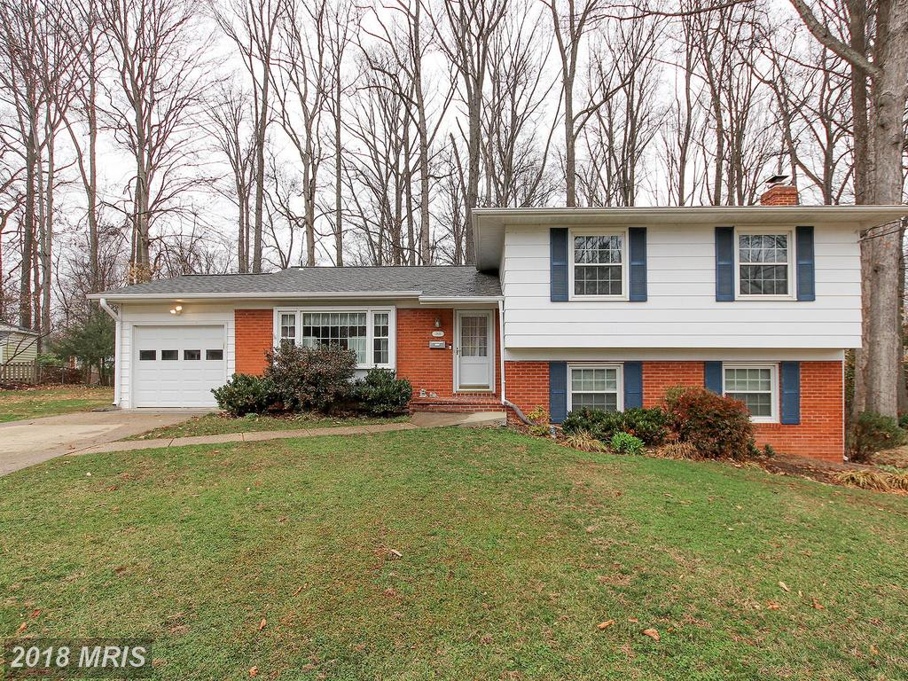 How To Interest Home Shoppers Looking At Getting A $555,000 5-BR 2 BA Home In Fairfax County thumbnail