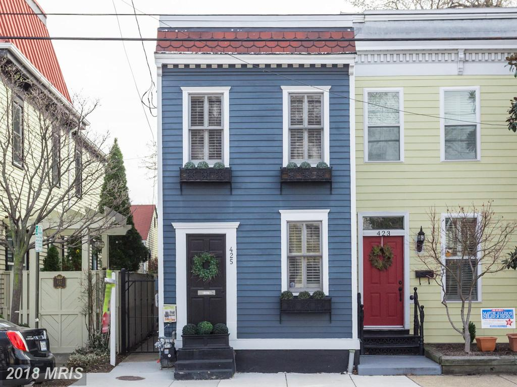 A Shopper's Guide To Real Estate In Old Town thumbnail