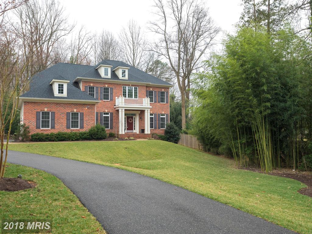 Who Want To Buy A Colonial In 22003 For About $1,111,405 To $1,228,395? thumbnail