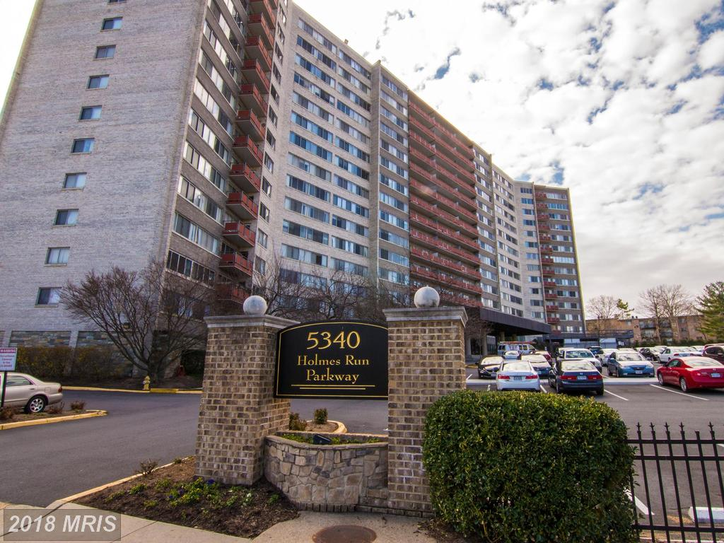 Photo of 5340 Holmes Run Pkwy #901