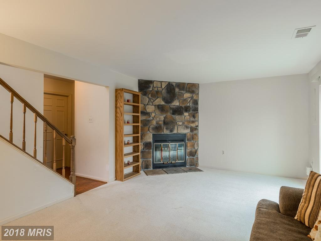 Photo of 5717 Burke Towne Ct