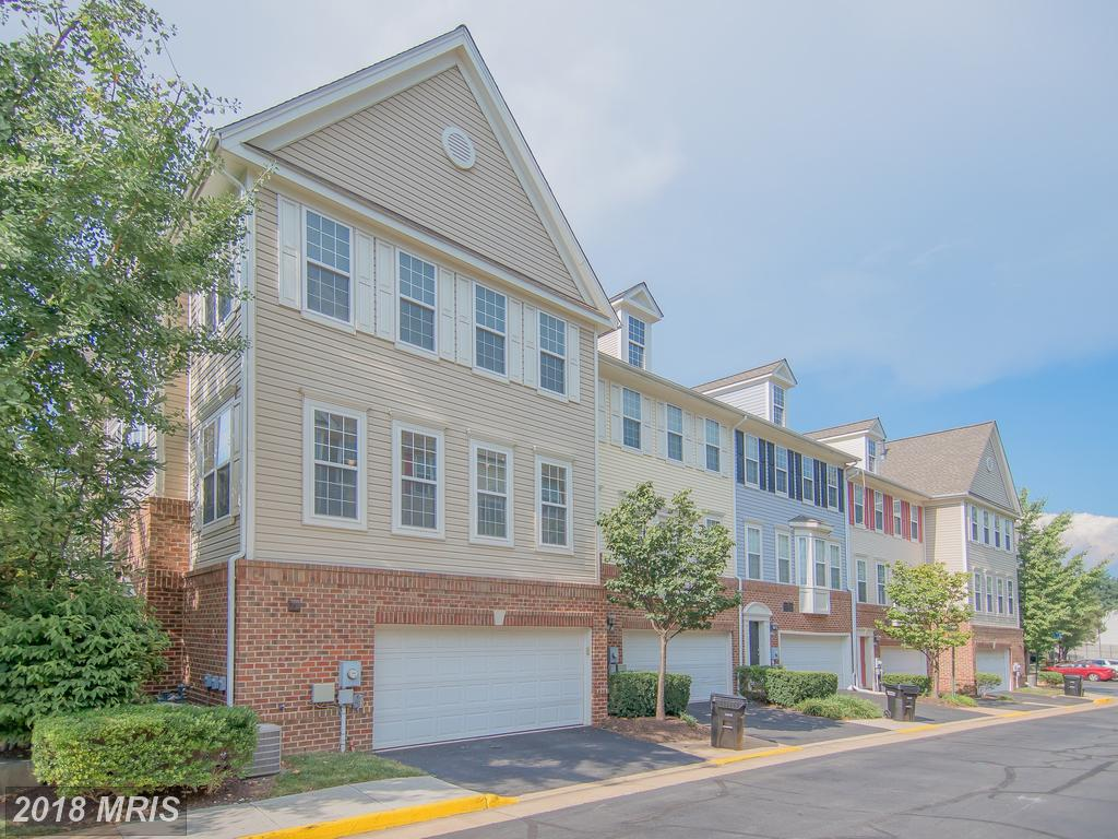 8058 Nicosh Circle Ln #46, Falls Church, VA 22042