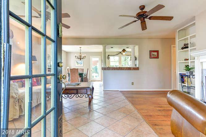 $659,000 :: 3 Bedroom Real Estate, 4 Days On Market In 22043 thumbnail