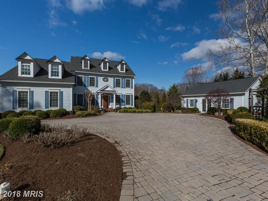 Home At 316 River Bend Rd Available For $1,799,900 thumbnail