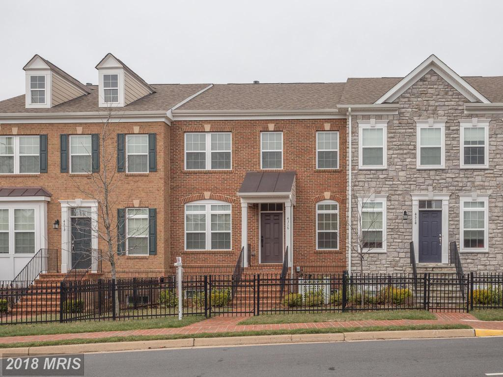 Facts And Images Of $679,900 3-bedroom Colonial-style Townhouses In Fairfax At Johnson's Crest /Royal Legacy thumbnail