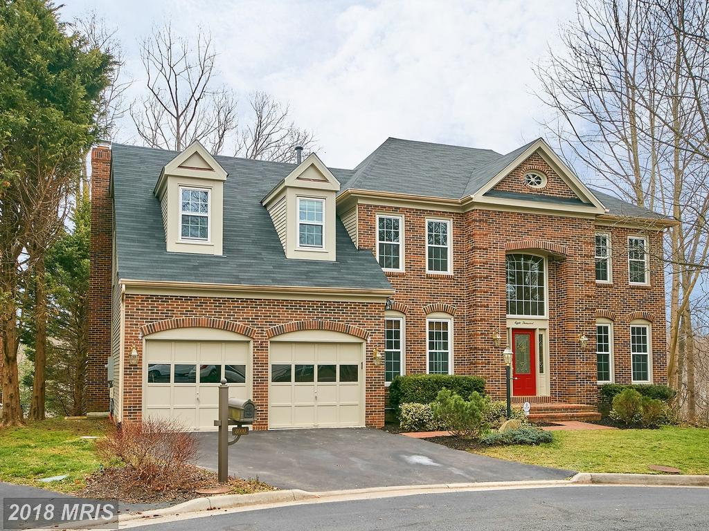 Have You Discovered The Benefits Of A House In 22153 In Fairfax County? thumbnail