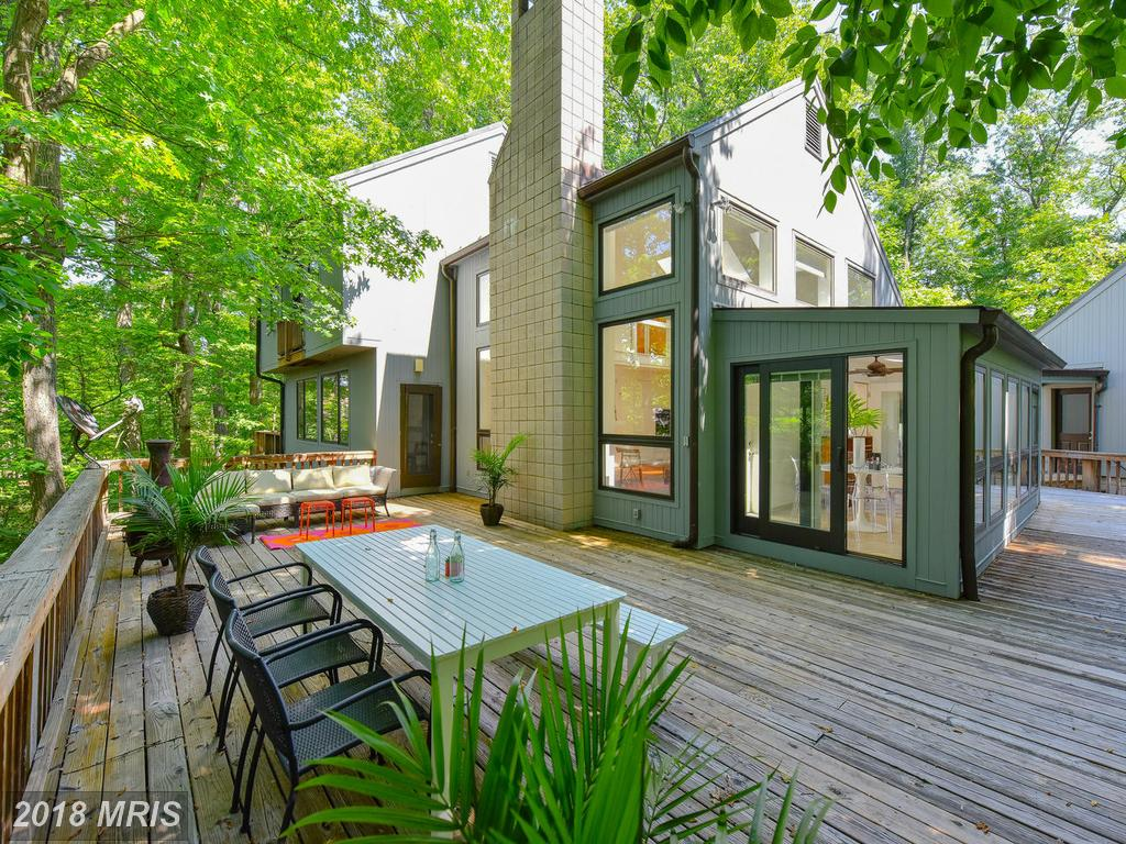 $1,250,000 For This Striking Contemporary-style Property Listed In Alexandria thumbnail