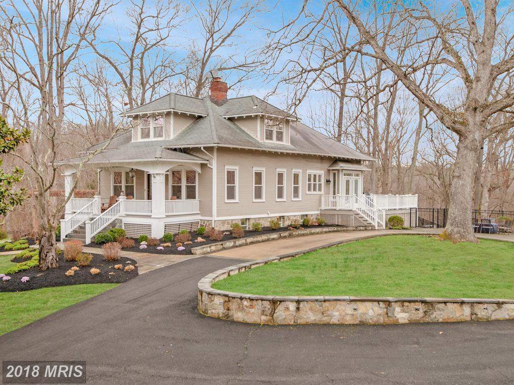 $1,430,000 :: 8752 Old Dominion Dr McLean Virginia 22102 thumbnail