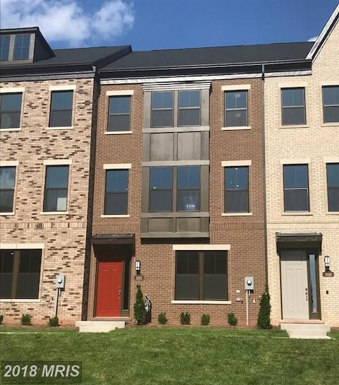 Big Townhome On The Market At $664,000 In 20171 In Herndon thumbnail