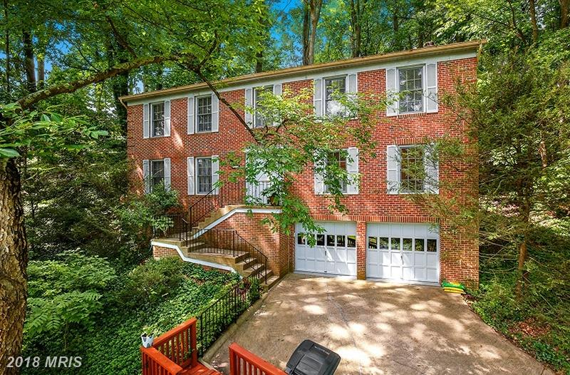 Can You Purchase A 2,744 Sqft Home In 22003 For $675,000? thumbnail