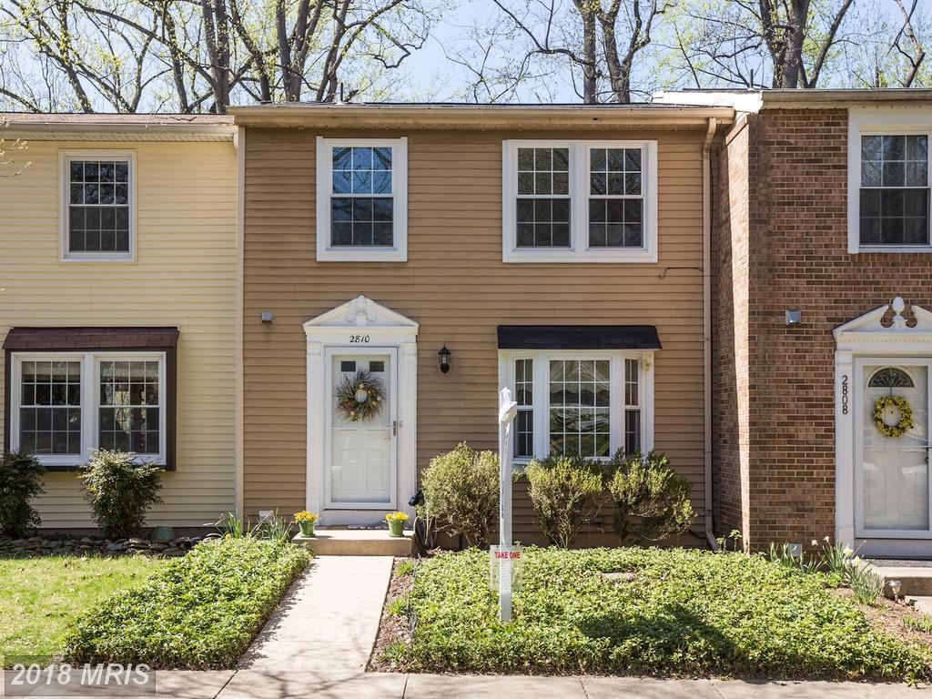Traditional-Style Property Advertised For Sale $450,000 In 22042 In Fairfax County thumbnail