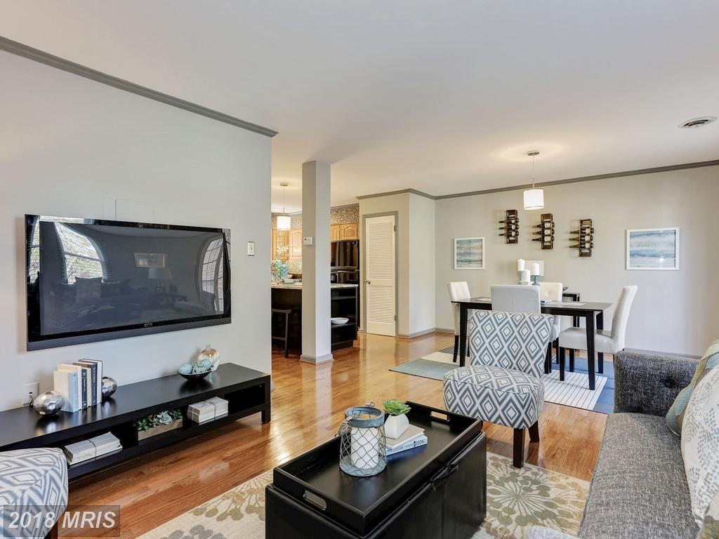 Get A Load Of This 2 Bedroom Condo For Sale In Arlington, Virginia thumbnail
