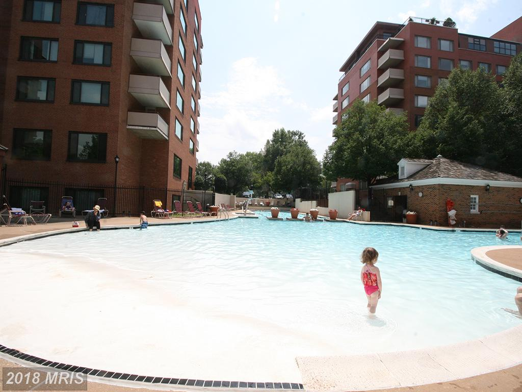 Photo of 1011 Arlington Blvd #648