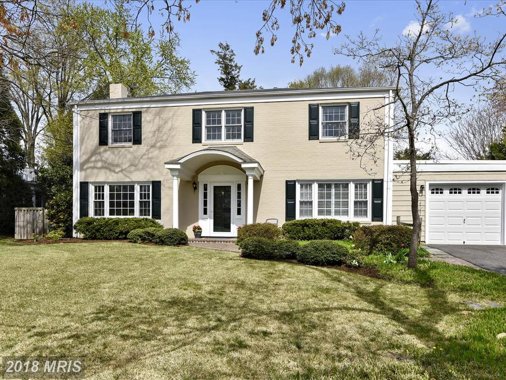 $649,000 In Northern Virginia At Hollin Brook Park // 4 Beds // 2 Full Baths - 1 Half Baths thumbnail