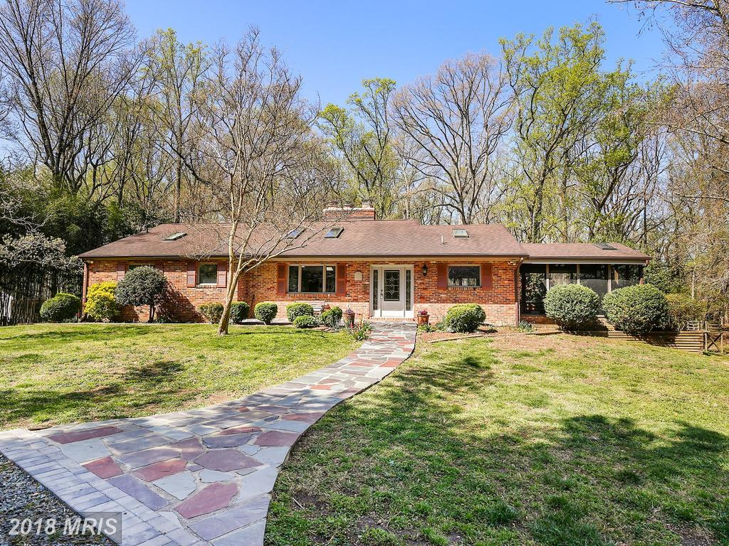 Check Out This 1,906 Sqft Home Listed In Lorton, Virginia thumbnail